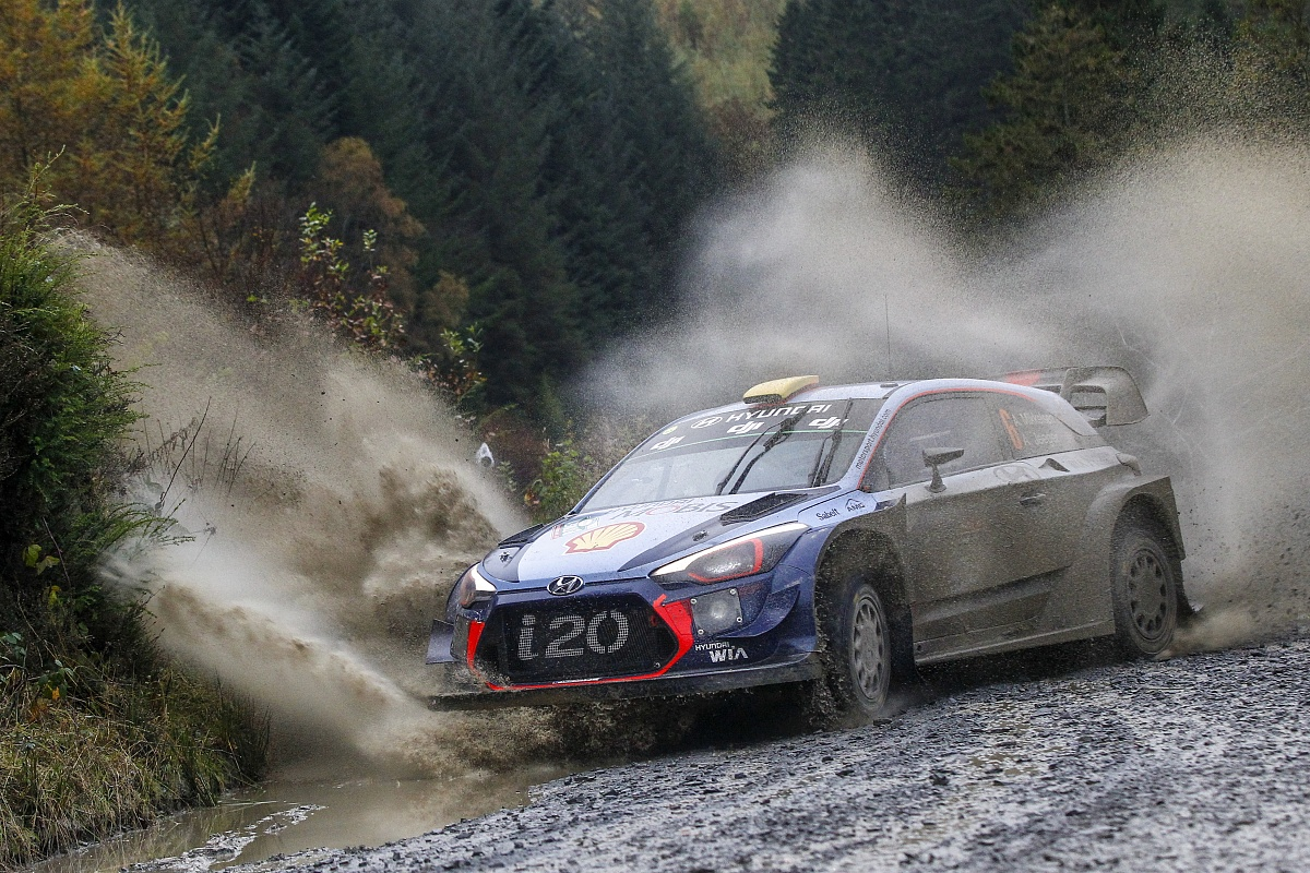 Hyundai could still reshuffle 2018 WRC drivers » Motorsport News